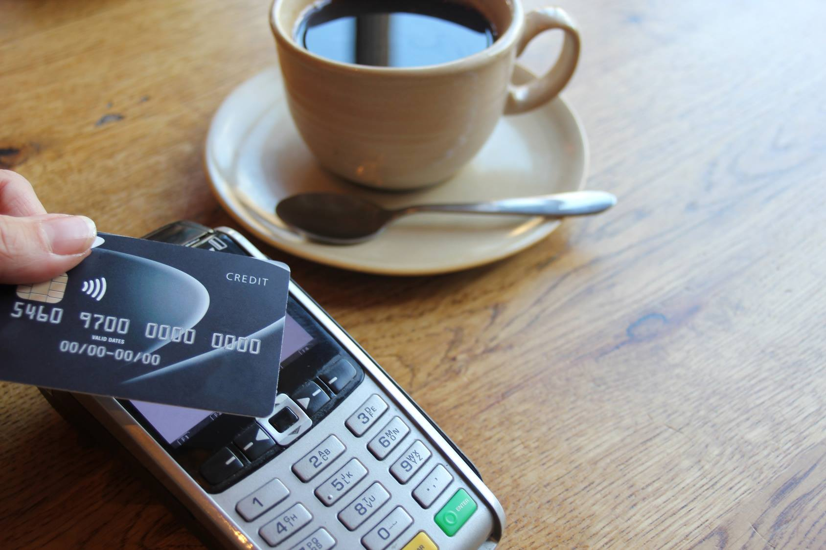Read more about the article Don't get left behind! Why small businesses should be taking card payments…