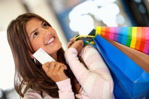 A women is doing Shopping
